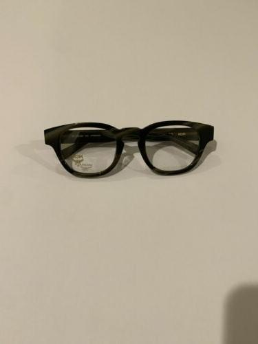New Frame Style MCM2607A